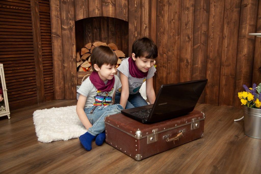 Children watching virtual games
