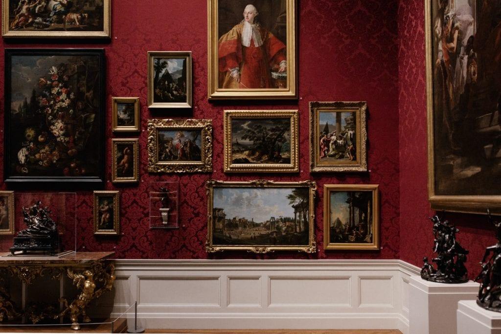 Virtual trip to museum